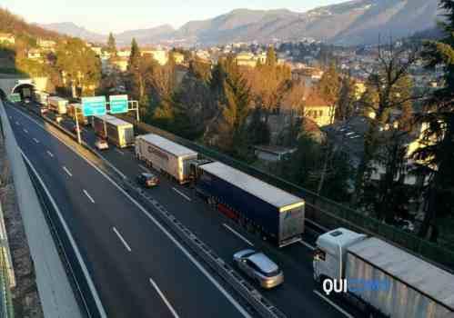 tir-autostrada-2